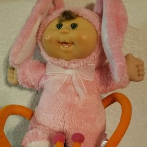 Vintage 2006 Cabbage patch doll and lady bug basket sold as set